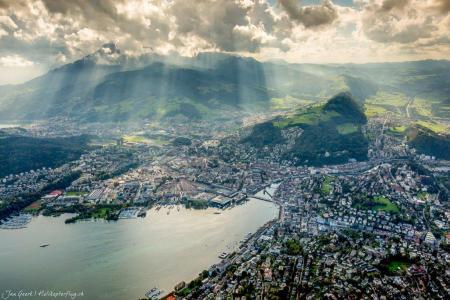 Helikopterflug über Luzern