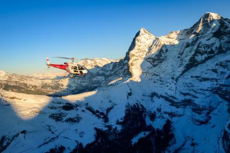 Helikopterrundflug Eiger