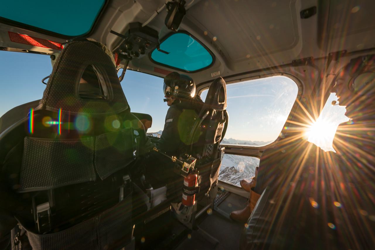Helikopterrundflug Cockpit