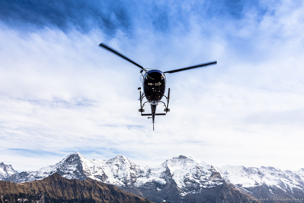 Hubschrauberflug ab Sion