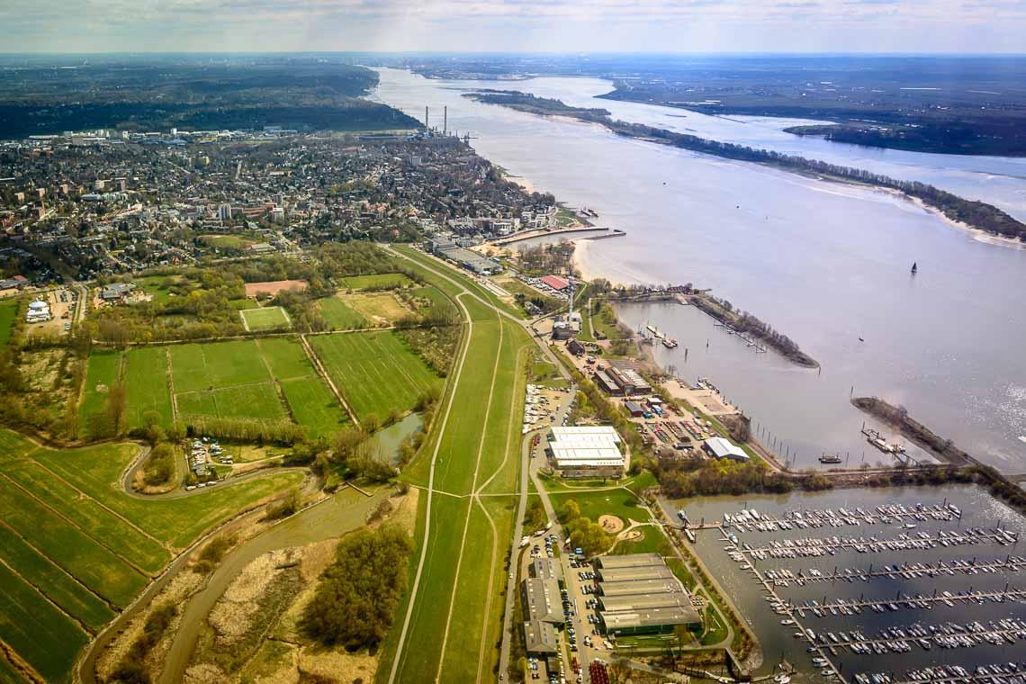 Hubschrauberrundflug Region Hamburg
