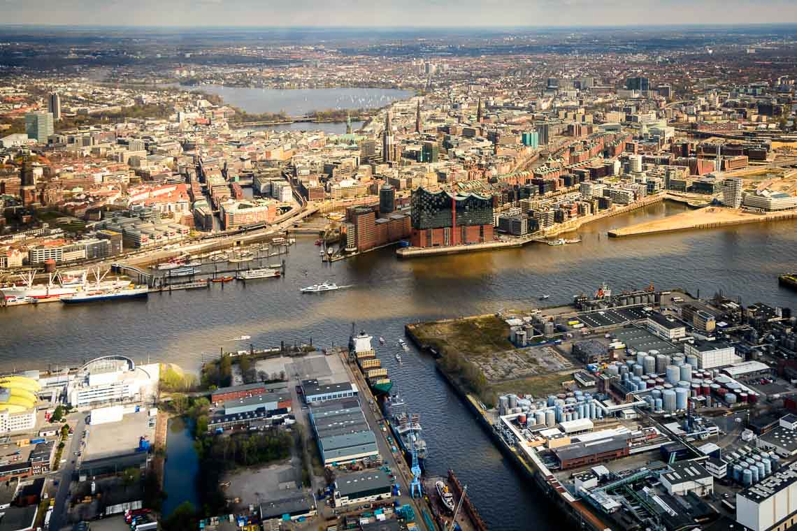 Hubschrauberrundflug ab Hamburg