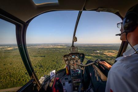 Hubschrauberrundflug Cockpit