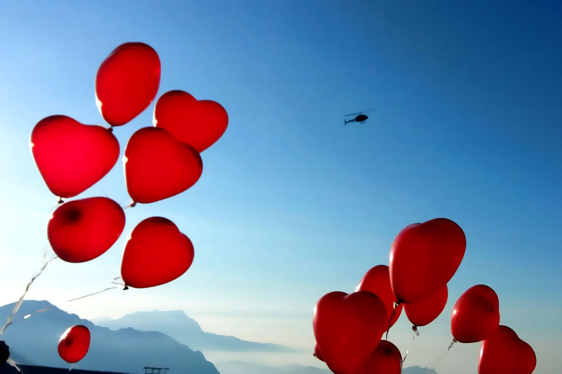 Heiratsantrag Köln Hubschrauber