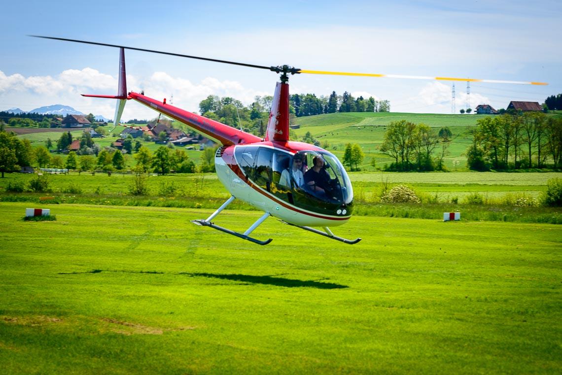 R44 Helikopterflug Memmingen