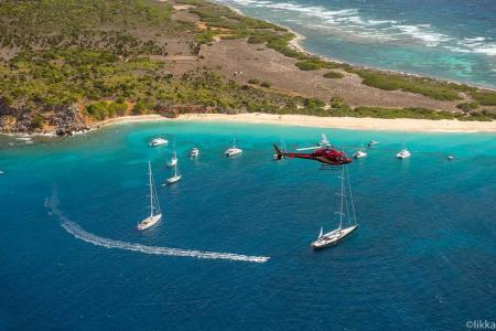 Helikopterrundflug Karibik