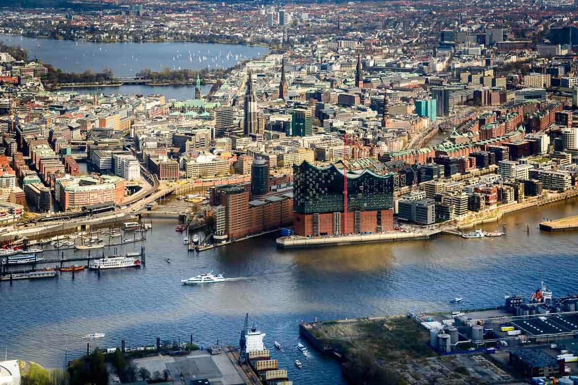 Hubschrauberrundflug Hamburg Uetersen