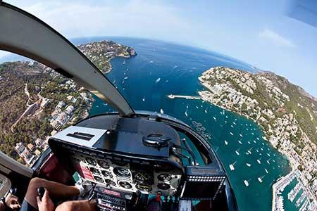 Hubschrauberflug Mallorca Son Bonet Cockpit Jet Ranger