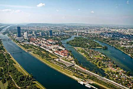 Hubschrauberrundflug Wien ab Stockerau