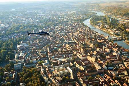 Hubschrauberrundflug Regensburg Oberhub