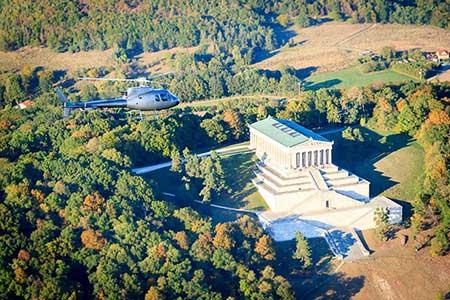 Hubschrauberrundflug Regensburg Walhalla