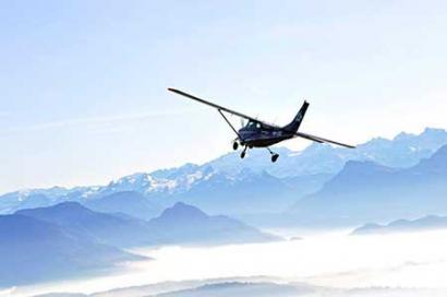 Alpenrundflug Flugzeug