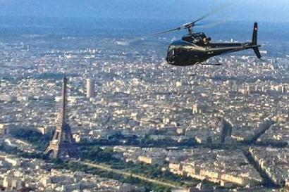 Helicopter ride Paris
