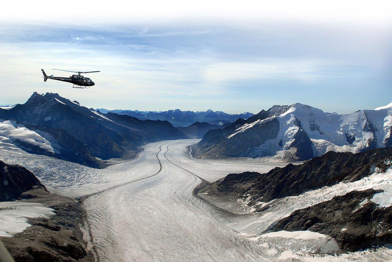 Helikopterflug Alpen Jungfrau Aletschgletscher