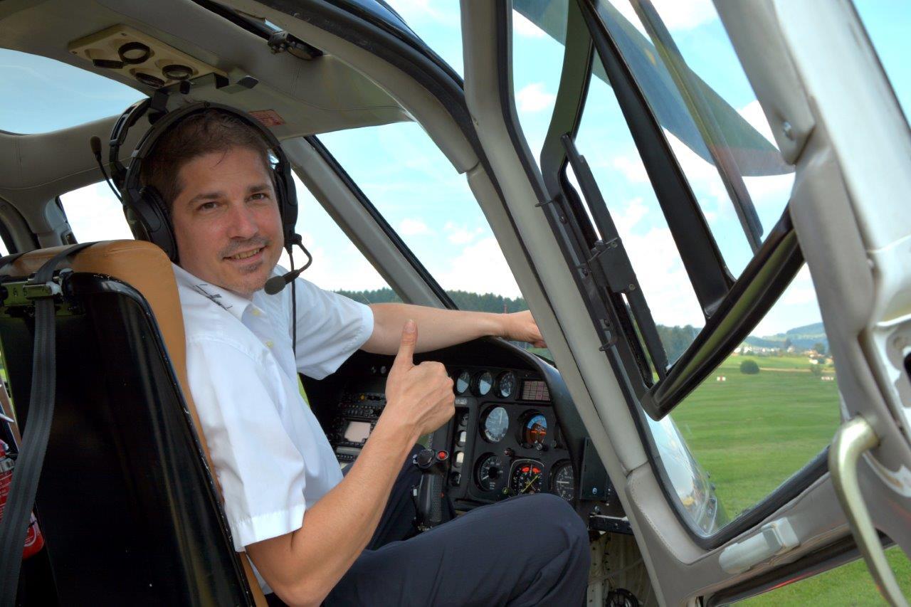 Hubschrauberflug Pilot