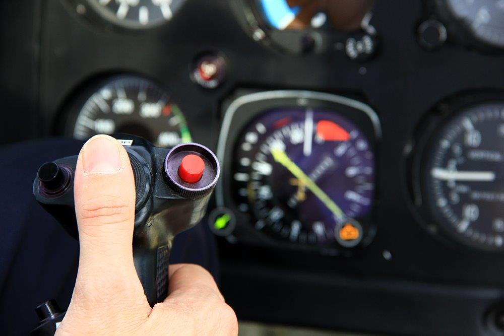 Hubschrauber selber fliegen Cockpit