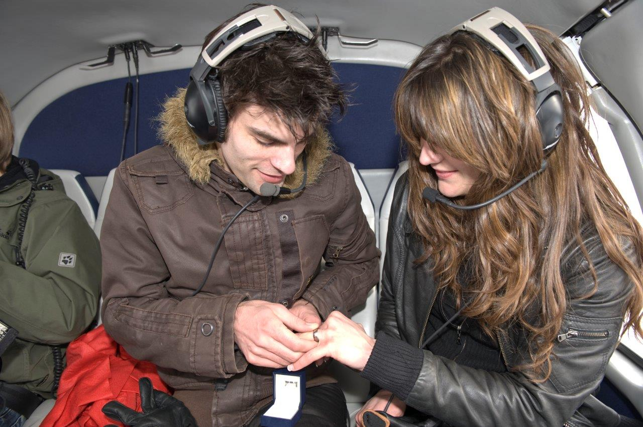 Hubschrauberflug Stockerau Heiratsantrag
