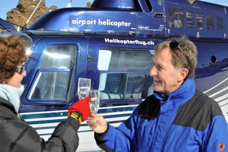 Gletscherflug mit Apéro Engadin