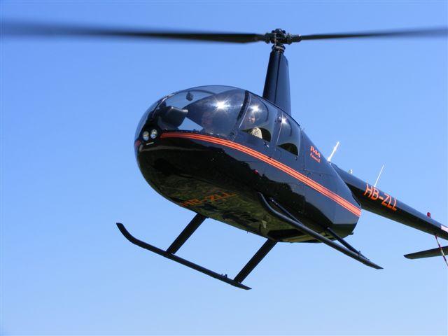 Robinson R44 Beromünster