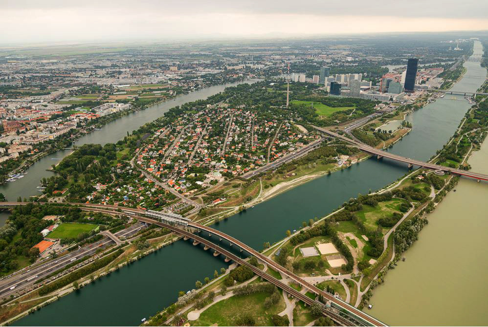 Wien entlang Donau